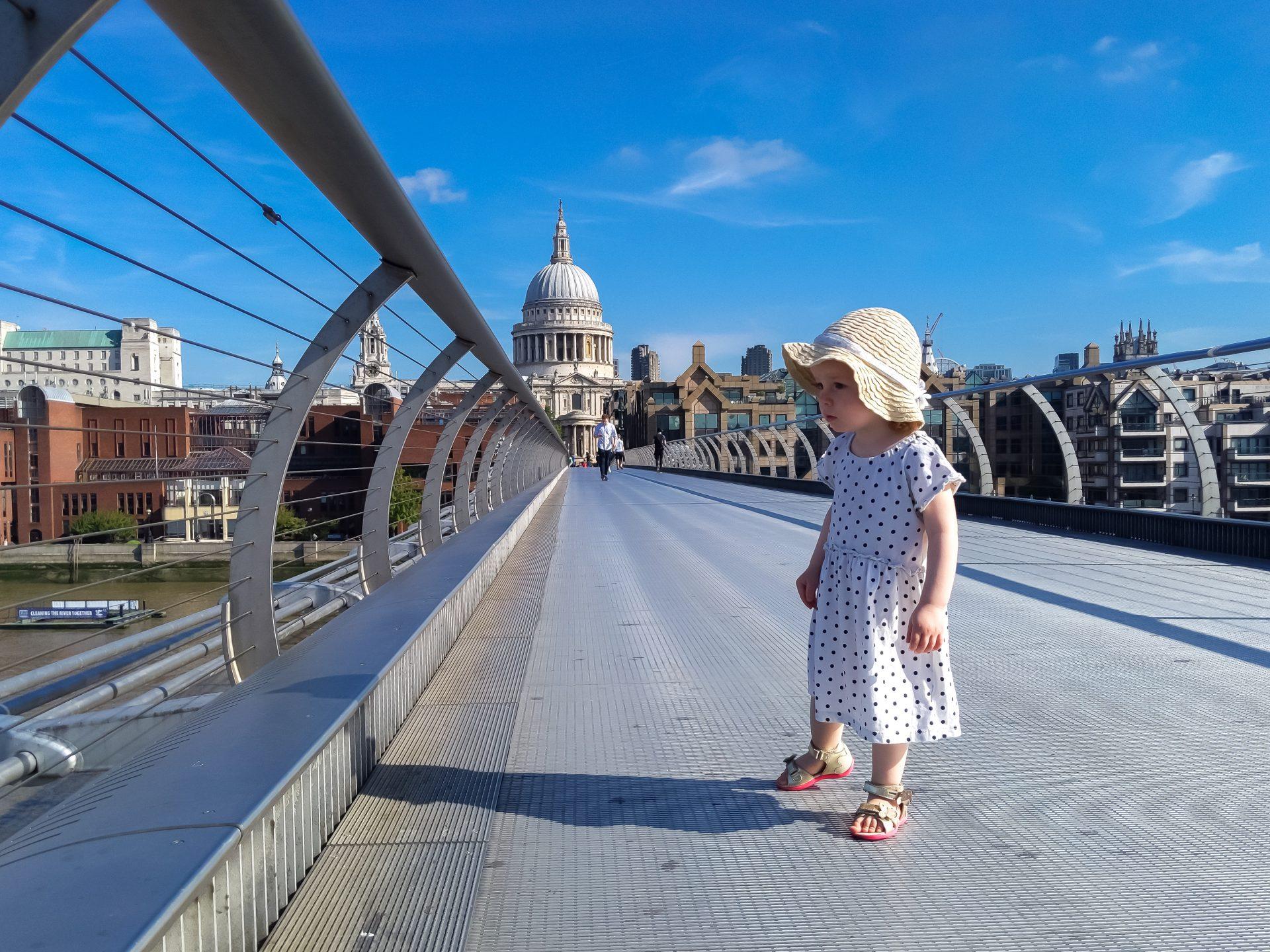 Londyn z dzieckiem Katedra St Paul